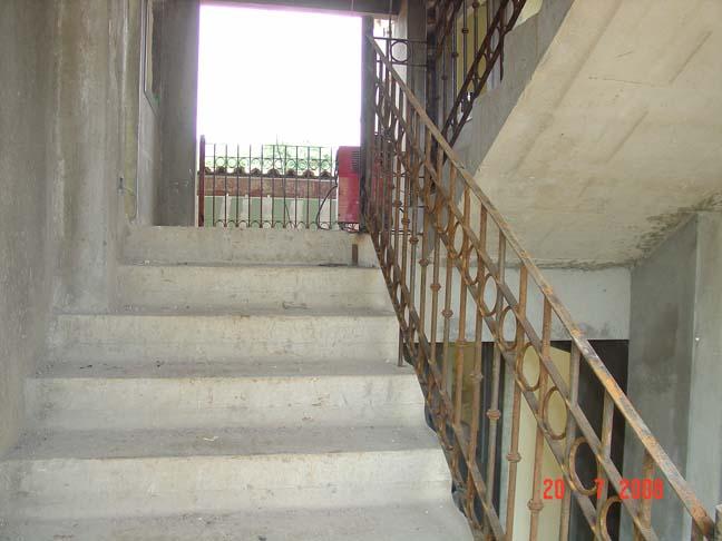 Escaleras Ht Betontransportes S A
